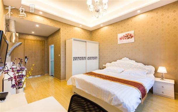 杭州汽车北站万达广场附近温馨豪华大床房