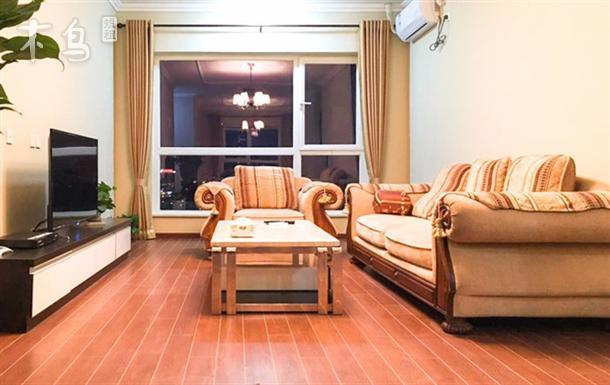 近通州北苑地铁站 万达广场豪华两室两厅