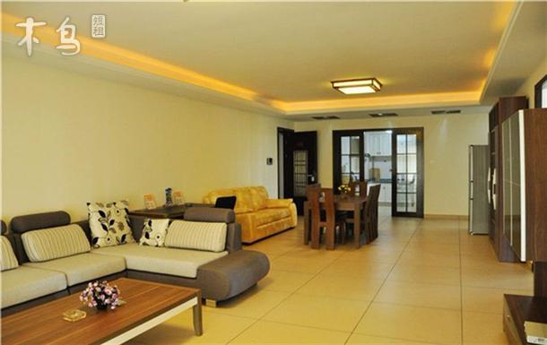 三亚湾 椰梦长廊附近 豪华园景大三房二厅
