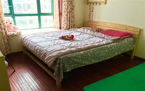 9号地铁泗泾站 金港花园二期 单间大床房