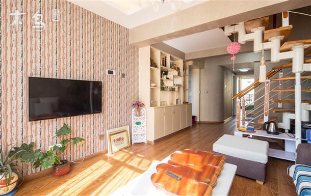 地铁沿线螺蛳湾商圈省博物馆旁温馨复式楼三居室