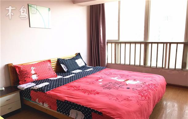 翠湖公园附近圆通山旁温馨大床房