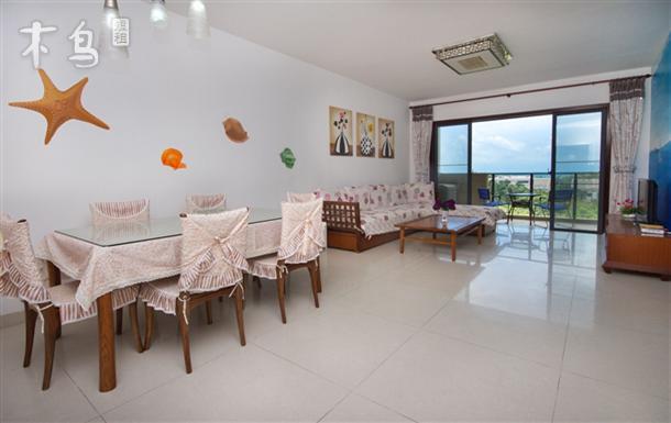 比邻著名的椰梦长廊,三亚湾大海海景三室