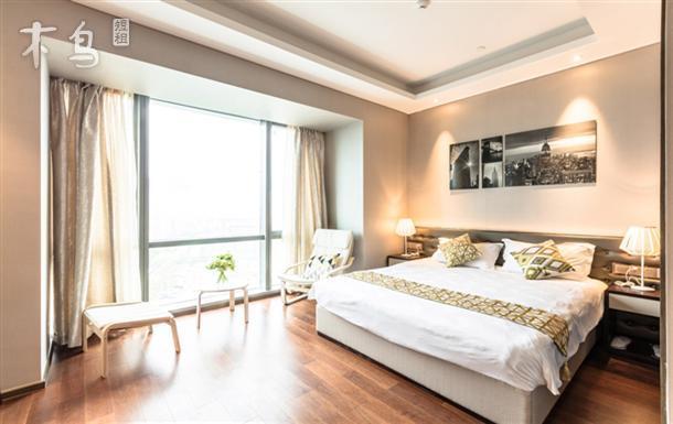 金鸡湖《简约生活》博览中心 圆融 久光大床房