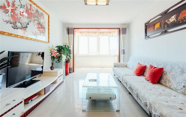 鸽子窝 奥林匹克公园 悠悠温馨三室两厅