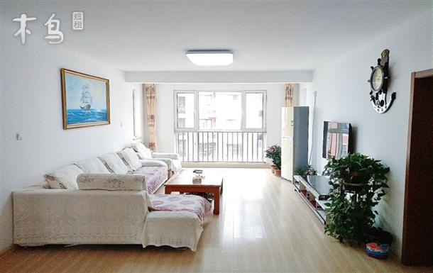 金沙滩临海温馨舒适三居室