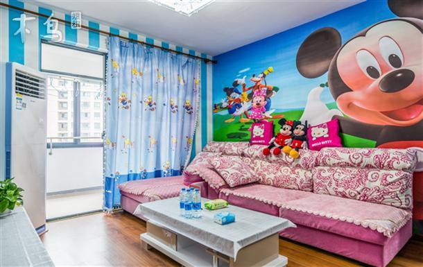 迪士尼旁白雪公主和米奇亲子两居套旁