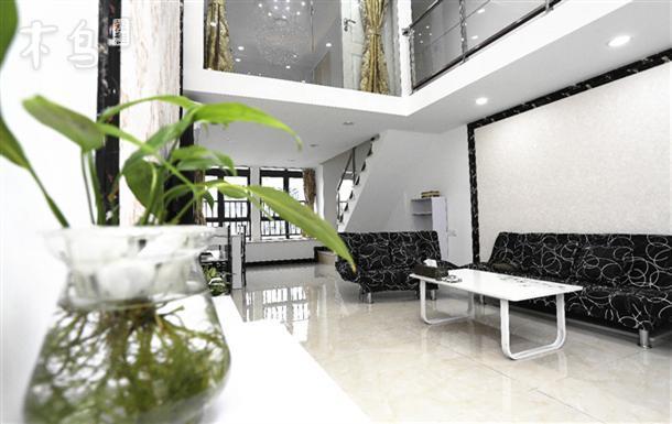 地铁汉溪长隆站私享复式公寓温馨怡人