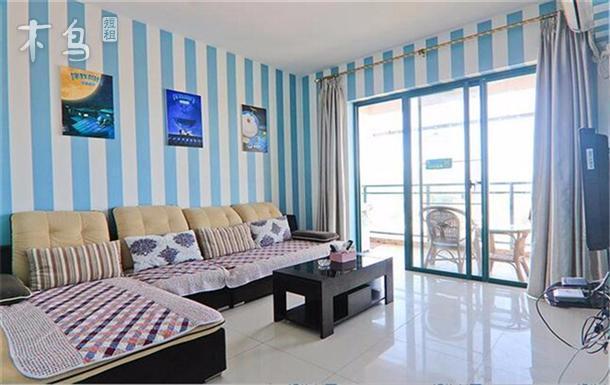 三亚湾多啦A梦主题高层两室一厅家庭套房