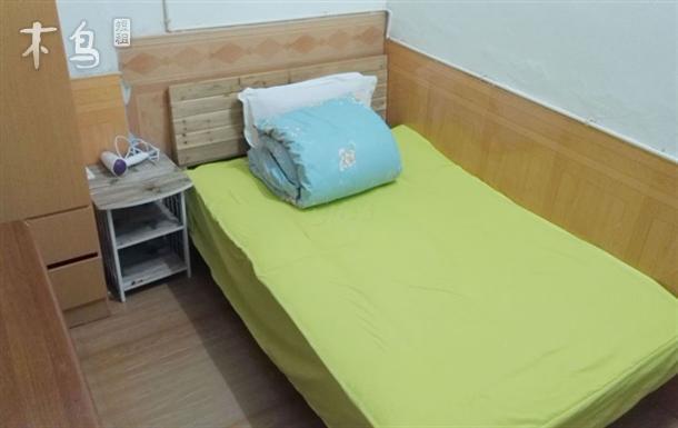 丰潭路地铁旁西湖区古荡舒适大床房