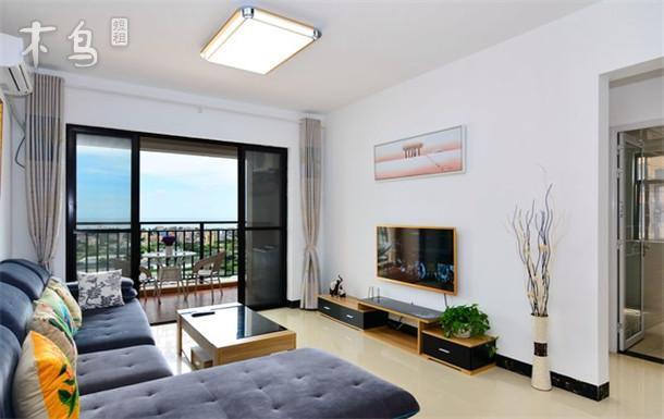 银滩180度 二室一厅公寓