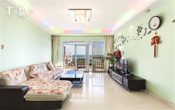 大东海海边150米180°宽大海景视线可住10人4房3厅居家套房