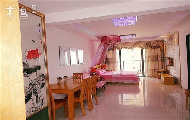 三亚湾海边 椰梦长廊 温馨海景一居室