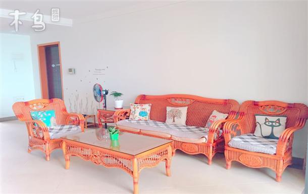 金鸡岭公园温馨两室一厅套房 5分钟抵达海滩