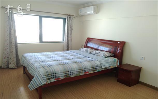 市区三亚湾四居室 可住7人