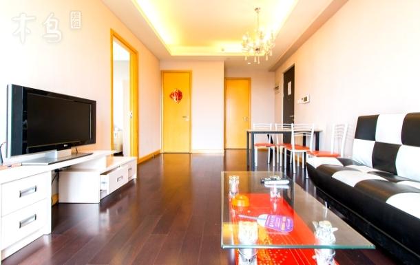 近龙湖天街 温馨舒适两居室