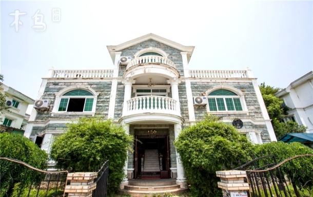 威廉古堡·汤逊湖巴洛克风格豪华独栋别墅