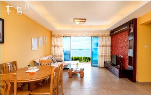 三亚湾,海边公寓,一线海景三室两厅两卫