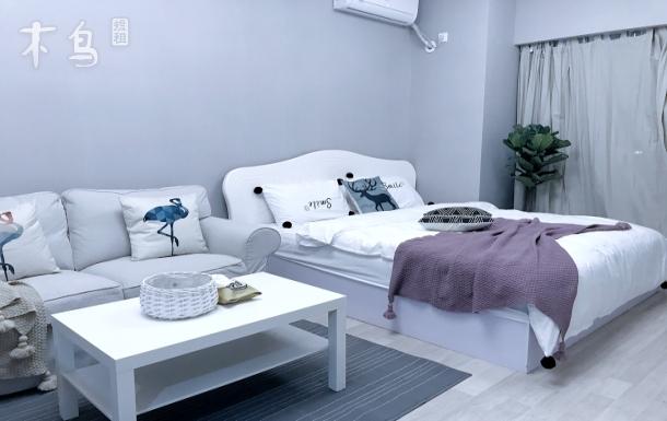 环球中心铁像寺水街安静设计师打造MUJI风温馨一居室