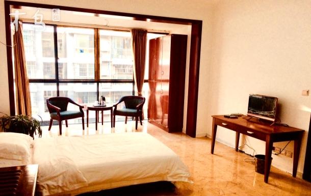 2室1厅,独立卫生间厨房,落地窗大阳台