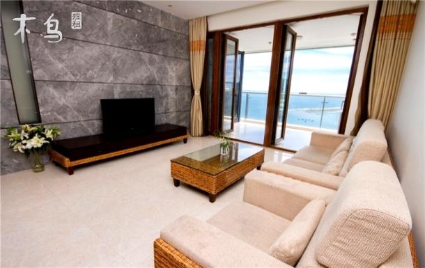 半山半岛无敌海景两房一厅两卫 高端休闲度假首选