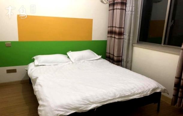 内环东外滩12号江浦公园地铁站200米一居室