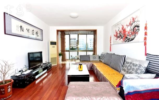 银滩海鲜市场附近祥隆花园高档公寓三室