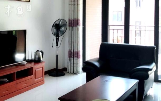 北塘古镇旅游景点 /公共汽车站两室