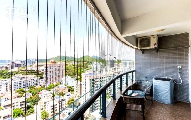 大东海豪装市景两房一厅(距海50米)