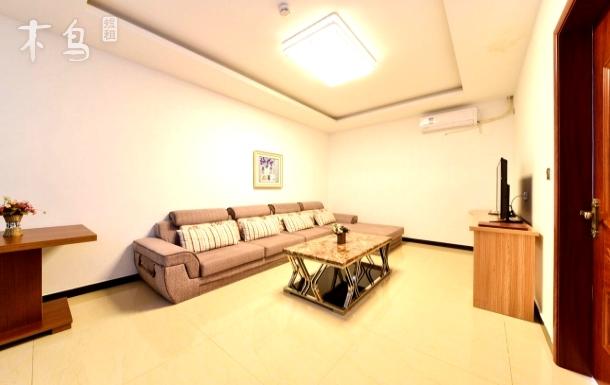 北戴河顺盛公寓露台观海二室一厅6人间