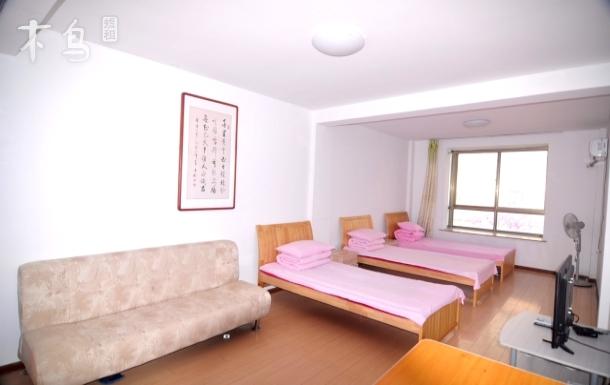 银滩旁适合一家三口居住的一室一厅二层海景房