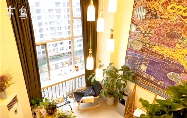 青羊区宽窄巷子loft复式暖心公寓住4人