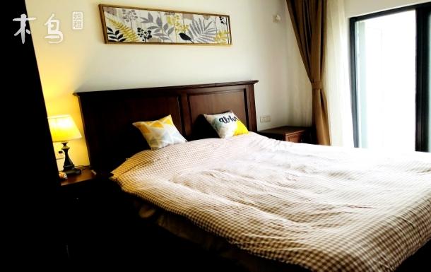 迪斯尼附近一梵简美复式洋房大床房