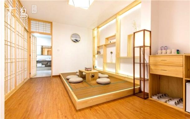 迪士尼免费接送含早餐/别墅·榻榻米2室1厅套房/近浦东机场