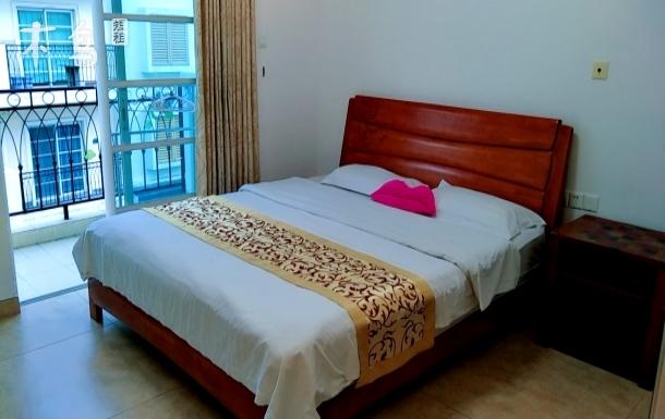 大梅沙奥特莱斯购物村温馨大床房
