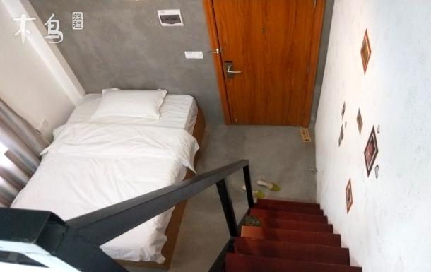 双单人床可住2人,复式阁楼,近海珠广场