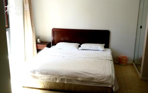 老龙头假日蓝湾温馨双床房