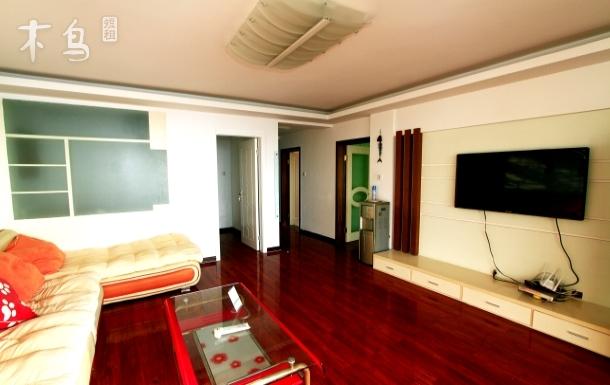 威海国际海水浴场一线海景房三居室