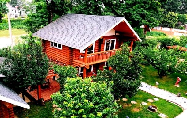 木屋别墅 20人内小聚会温馨小院、整租、院子可烧烤