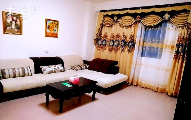 爱联地铁站附近anna公寓一室一厅