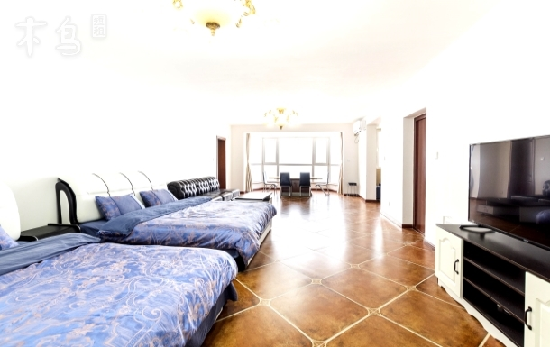 利群购物商场豪华双床房88平米