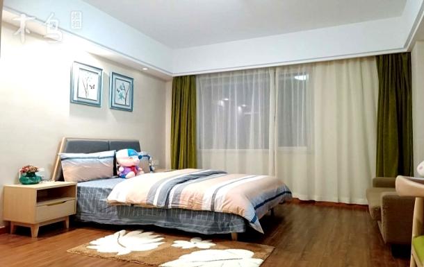 中大银泰城 新天地商业中心 可做饭 温馨 舒适大床房