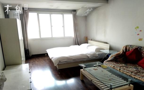地铁五号线天通苑北站附近桃园公寓小区温馨大床房最多可住四人