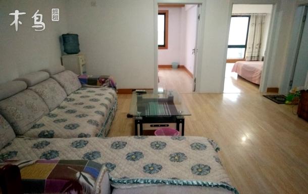 海明园2分钟到海边两室一厅三张床