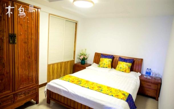 金海滩海水浴场庭院特惠大床房