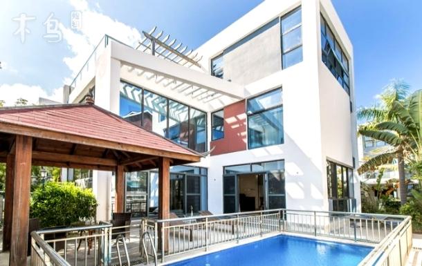 三亚湾椰梦长廊,海边,泳池别墅五居室