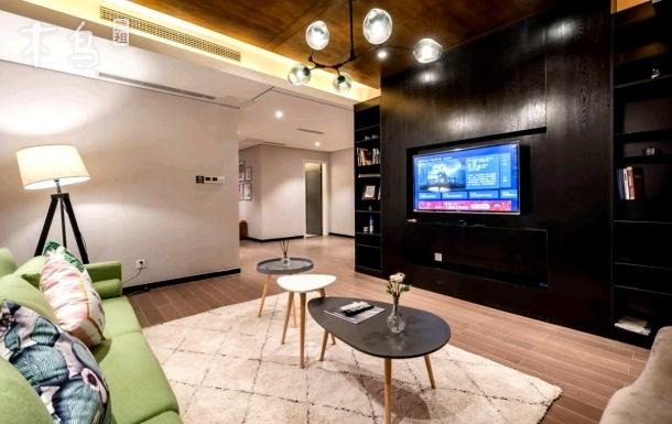 世纪城地铁房三室两厅两卫精装公寓