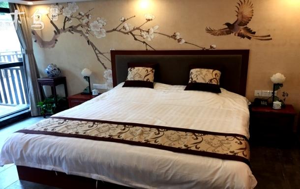 青岛崂山景区,依山而建,苏州园林建筑大床房