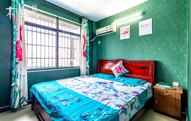 阳光大床房 标准间市中心海边三亚湾椰梦长廊海月广场