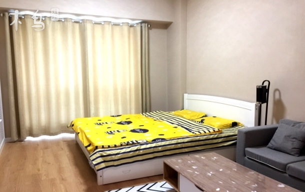 地铁6号线直达南锣鼓巷站,通州北关地铁站旁精装大床房
